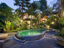 Rahayu Suites Monkey Forest Ubud, hotel in Ubud