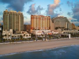 Marriott's Beach Place Towers, hotel near The Galleria at Fort Lauderdale Shopping Center, Fort Lauderdale