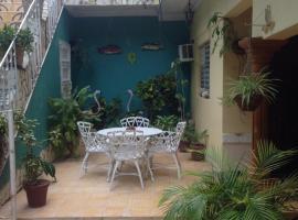 BS & Hostal Dailyn y Familia, homestay in Trinidad