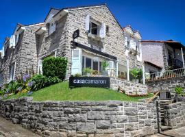 Casa Camaron, hotel cerca de Club de Golf Mar del Plata, Mar del Plata