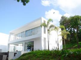 Villa L2 Bukit Batu Layar, villa in Senggigi