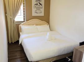 Natol Villa - London, homestay in Kuching