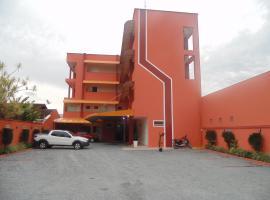 Hotel Jovilá, отель в городе Жарагуа-ду-Сул