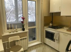 Апартаменты комфорт +, apartment in Tikhvin