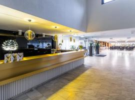 Hotel Solny, отель в Колобжеге