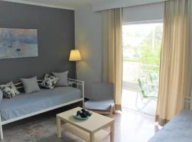Apartment Danae, pet-friendly hotel in Porto Rafti