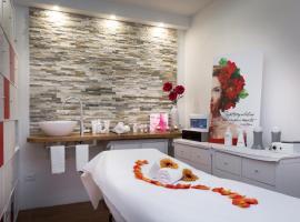 Hotel Centrale, hotel poblíž významného místa Golfový klub Lignano, Latisana