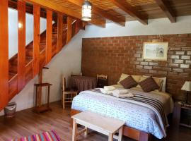 Copacabaña Lodge, pet-friendly hotel in Marcará
