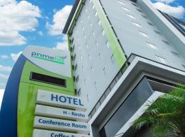 PrimeBiz Hotel Surabaya, отель в Сурабае
