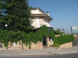 Albergo Villa San Giovanni, hotel en San Giovanni Rotondo