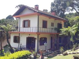 Chalés Dona Zenta, self catering accommodation in Monte Verde