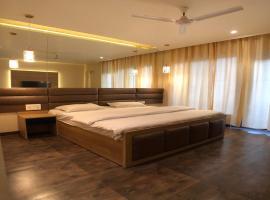 Solitaire Hotel, hotel in New Delhi