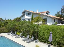 Maison Arbolateia, hotel near South-West France Motorways, Bidart