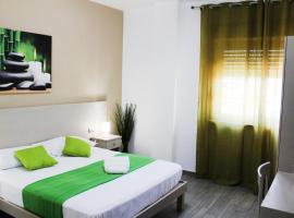 Hotel Cesirja, hotel in Naples