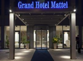 Grand Hotel Mattei, отель в Равенне