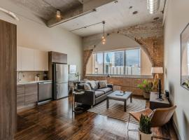 Abode Dallas - Downtown Convention Center, vacation rental in Dallas