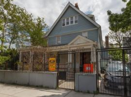 The Arlington, apartment in Brooklyn