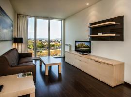 Hotel Zenit Jardines de Uleta Suites, hotel in Vitoria-Gasteiz
