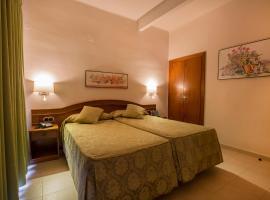 Hotel Cervol, hotel in Andorra la Vella