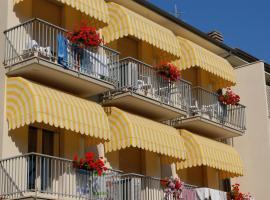 Hotel Ristorante La Terrazza, hotel in Lido di Camaiore