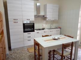 Casa di Jerry Castellabate 2, self catering accommodation in Santa Maria di Castellabate