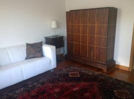 Marginal Luminous Beach Apartment, hotel in Vila do Conde