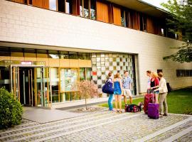 Internationales Jugendgästehaus Dachau, room in Dachau