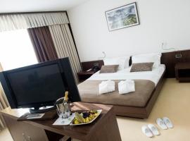 Safir Hotel Casino, отель в городе Сежана