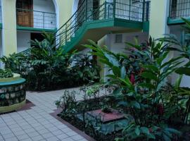 sandcastle resort apartment B21, resort in Ocho Rios