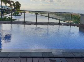 Mactan Newtown Condo with Garden and Ocean View, hotel near Mactan Cebu International Airport - CEB, Mactan