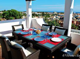 Enjoy Balcon de Benavista Penthouse, hotel dicht bij: Atalaya Golf & Country Club, Estepona