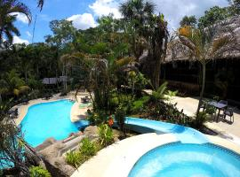 Ceiba Tops, hotel with pools in Santa Teresa