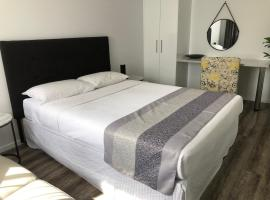 Escape On Lake, hotel near Cairns Showgrounds, Cairns