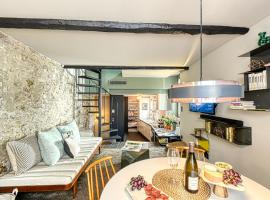 Amazing Chic Apt in Le Suquet by GuestReady, hotel in Cannes