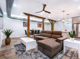 Urban Oasis 4BD House close to FQ & City Hot Spots', apartment in New Orleans