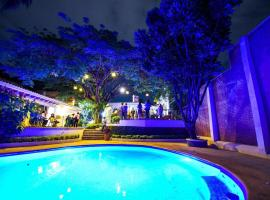 MARÍA EMÍLIA HOTEL & RESTAURANT, hotel en Cuernavaca