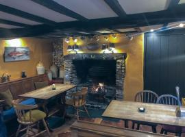 The Hoops Inn & Country Hotel, B&B in Bideford