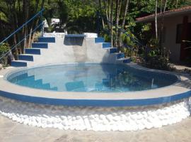 Hotel Sandpiper, hotel in Jacó