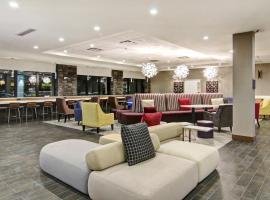 Home2 Suites By Hilton Edmonton South, hotel in Edmonton