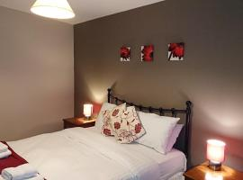 Victoria Cloisters Apartments, apartment in York