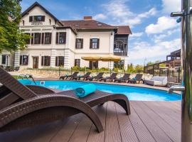 Boutique Hotel Annuska, hotel near Royal Balaton Golf & Yacht Club, Balatonfüred