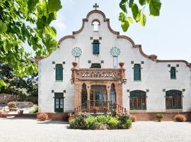 Can Borrell, hotel cerca de Sant Llorenç del Munt i l'Obac, Castellar