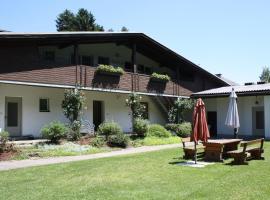 Ferienwohnungen Benedikt, Hotel in der Nähe von: Burg Landskron, Villach