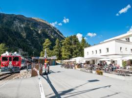 Gletscher-Hotel Morteratsch, hotel in Pontresina