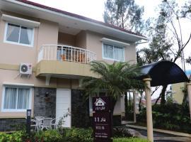 Diyar Villas Puncak H1/6, hotel with jacuzzis in Puncak