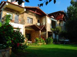 Hotel Villa Monte, отель в городе Чиралы
