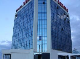 Grand Vejini, hotel in Rustavi