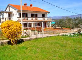 Apartment Near The Beach, pet-friendly hotel in Klimno
