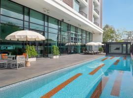 Tsix5 Hotel, hotel near The Sanctuary of Truth, North Pattaya