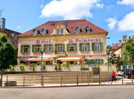 HOTEL LA GUIMBARDE, hotel in Morteau